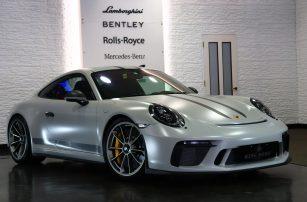 PORSCHE / 911 GT3